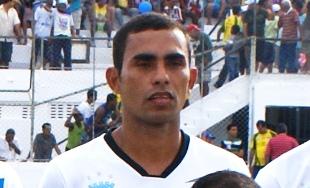 Carijé também jogou em Serrinha