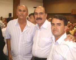 Ex vereador Betão, ex-deputado Vespasiano Santos e prefeito Almir