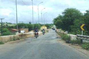 Ponte sobre Rio Itapicuru - Queimadas