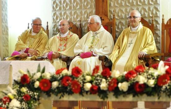 Dom Otorino bispo Diocesano responsável pelas mudanças.