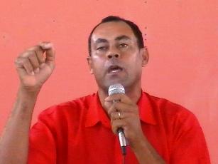 Pelo PT Zé Hamilton foi candidato a vice em Santaluz.