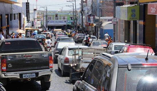 Rua Marechal Deodoro. O motorista nesta situação vai esperar mais de cinco minutos até se aproximar do semáforo