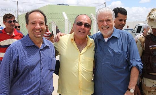 Cicero, Mitinho e Wagner