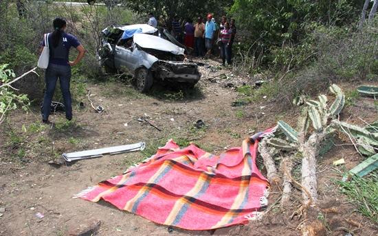 acidente envolvendo evangélicos - 1 - foto- Raimundo Mascarenhas - calilanoticias