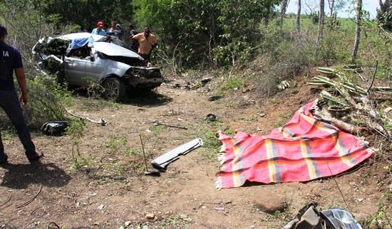 acidente envolvendo evangélicos - 2 - foto- Raimundo Mascarenhas - calilanoticias