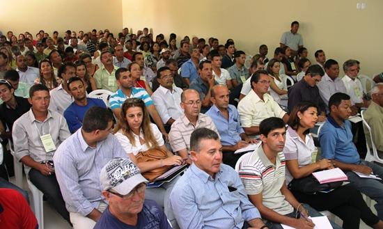 Encontro com secretários em Tucano-publico
