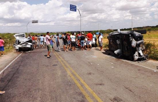 No trecho foi colocado redutores de velocidade por conta da quantidade de acidentes com mortes, mas não tem resolvido.