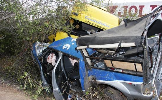 acidente na br 407-cipe caatinga - foto-raimundo-mascarenhas - 1