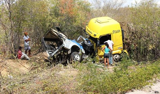 acidente na br 407-cipe caatinga-foto-raimundo-mascarenhas