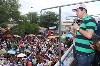 Dia do Trabalho em Riachão do Jacuípe - Claudio Bastos - foto- Raimundo Mascarenhas