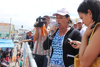 Dia do Trabalho em Riachão do Jacuípe -maria sispum - foto- Raimundo Mascarenhas