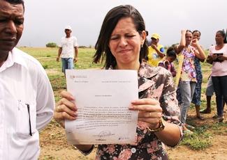 Juliana mostra decisão do MP