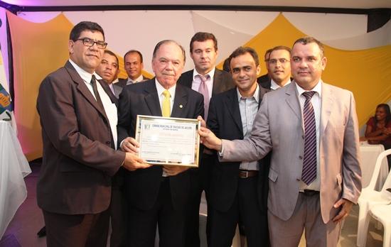 titulos de cidadão jacuipense 2013 -Leão -1 - foto- Raimundo Mascarenhas