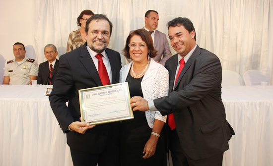 titulos de cidadão jacuipense 2013 -Pinheiro -1 - foto- Raimundo Mascarenhas