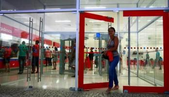 Caixa eletrônico é opção para pagamentos e saques durante paralisação nos bancos
