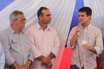 inauguração do centro de comercialização de animais de São de São Domingos.5