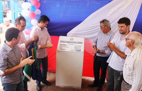 inauguração do centro de comercialização de animais de São de São Domingos