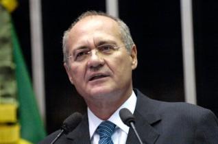 Renan foi um dos alvos da manifestação de domingo em várias cidades do Brasil