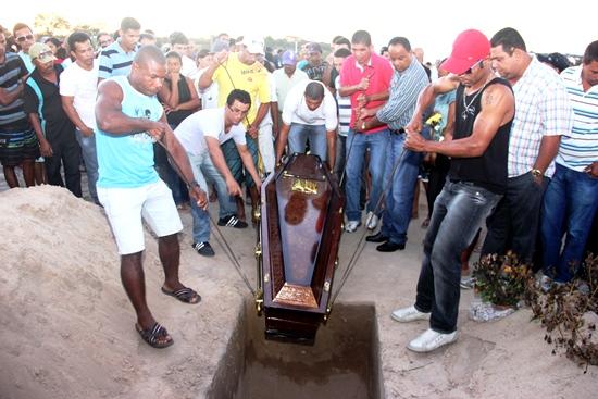 sepultmento de rambo-des