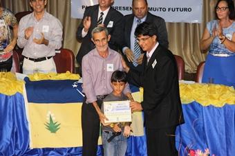 Arivaldo Mota presidente do honra do PT municipal ganhou também os parabéns, já que comemorou aniversário no mesmo dia
