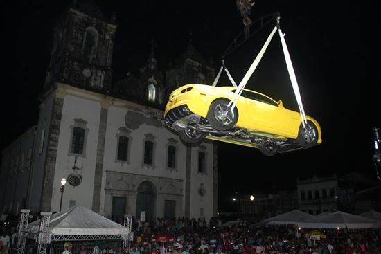 sortio do camaro amarelo -6- foto- Raimundo Mascarenhas - CN.