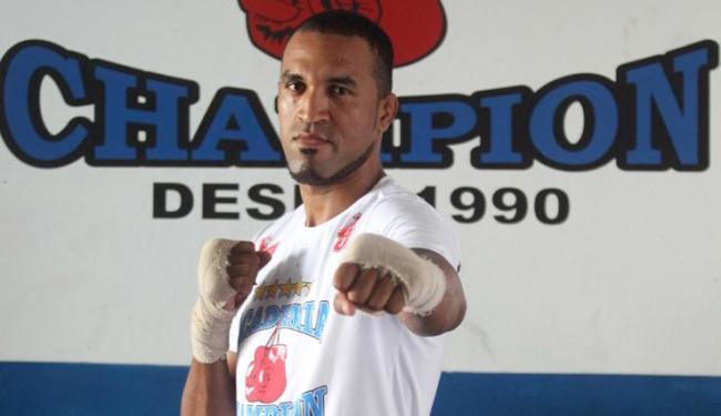 Ednaldo Lula perdeu as duas lutas que disputou pelo UFC em 2013