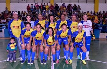 _BIS2701 as meninas deRetiro campeã
