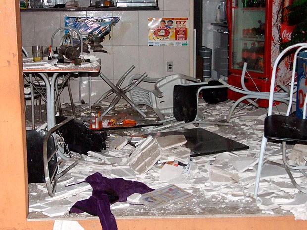 Atentado com bomba caseira em Jacobina, Bahia (Foto: Bahia Acontece)