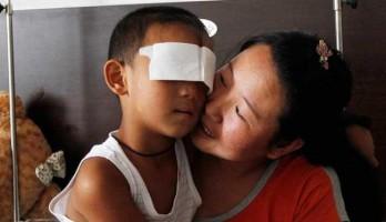 Polícia suspeita tia arrancou os olhos da criança