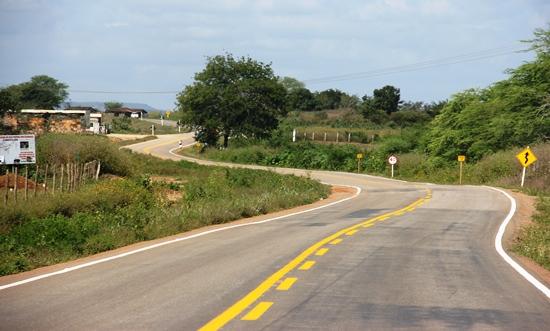 inauguração da estrada de aribicé -2