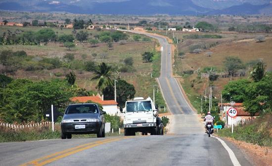 inauguração da estrada de aribicé -4