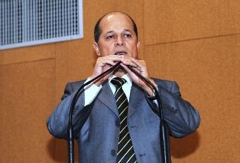Joseildo preside a Comissão de Constituição e Justiça da ALBA.