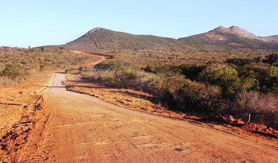 pedra vermelha - monte santo-estrada 3
