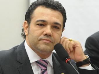 A aprovação gera nova polêmica em relação ao comando de Feliciano na comissão