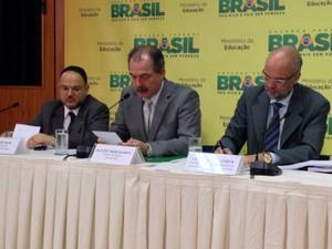 O ministro da Educação, Aloizio Mercadante divulgou o resultado do Enade (Foto: Luciana Amaral/G1)