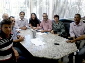 Além de Leninha, estiveram presentes os vereadores Zé de Zely, Sissi, Luizinho e Gabriel Mota.