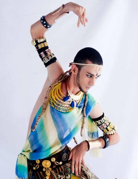Pra quem gosta de assistir a dança árabe vai ver algo raro.