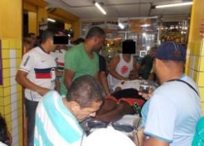 Vítima sendo socorrida para o Hospital Nossa Senhora da Conceição, mas não resistiu.