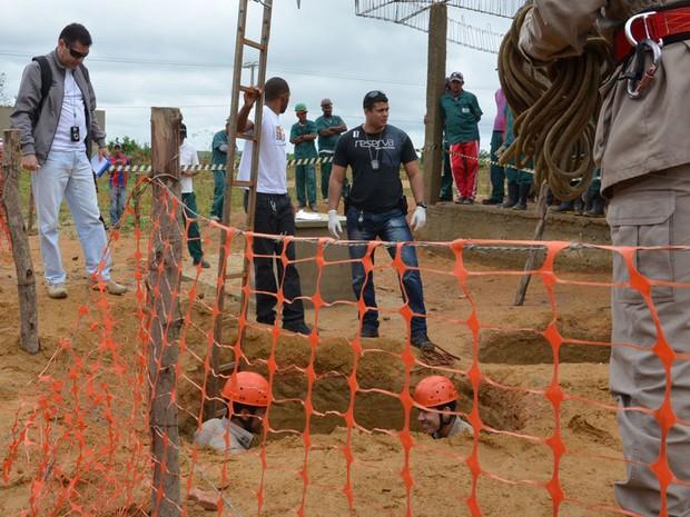 Segundo Corpo de Bombeiros, resgate durou, aproximadamente, 15 minutos (Foto: Anderson Oliveira / Blog do Anderson)