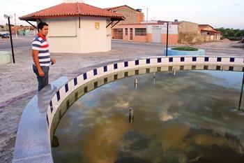 Fonte Luminosa sem funcionar é uma porta de entrada para o mosquito da dengue