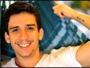 Henrique Amaral Roza, de 23 anos, desapareceu após mergulho em Itacoatiara Foto: Reprodução