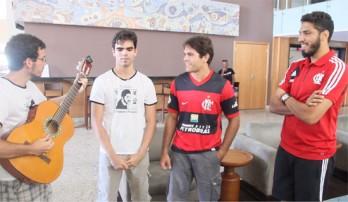 Rafael  Valverde( violão) Victor Deivid, Valdemí Junior e o homenageado Wallace