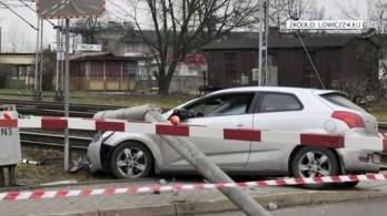 Padre de 66 anos teve a carteira apreendida depois de se envolver em um acidente enquanto dirigia bêbado  Foto: Reprodução tvn24