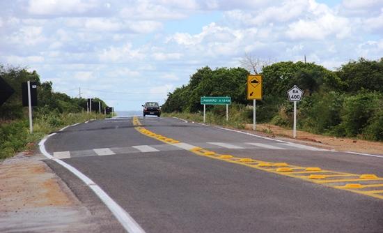 Primeiros metros após a movimentada BR 116 trecho Santa Bárbara - Serrinha, tem esse acesso a Lamarão.