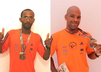 Mesmo não alcançando boa colocação Kalunga e Bilia expõe com orgulho as medalhas da corrida mais famosa do mundo
