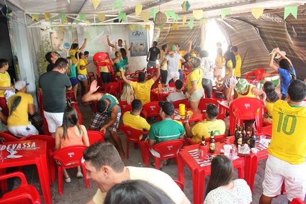 Comemoração do Brasil ao vencer o Chile - foto-Raimundo Mascarebhas (2)