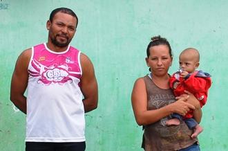 O esposo Chitão esteve na casa da mãe de Juci a cerca de doze anos para buscar seu registro.