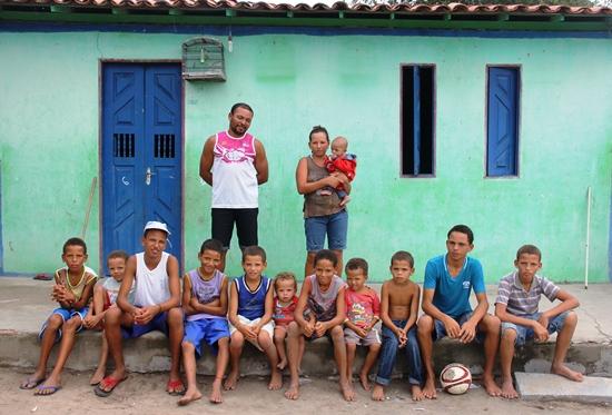 casal com 12 filhos homens em coité - foto- Raimundo Mascarenhas