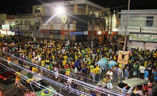 comemoração pela vitória do brasil - des