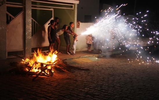 fogueira de são joão - foto- raimundo mascarenhas